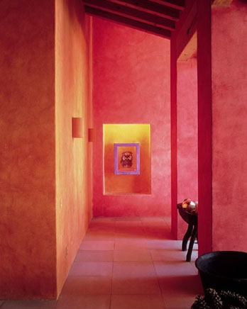 Pink wall in the Casa La Lagartija designed by architect Diego Villasenor