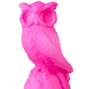 Bright pink owl shaped clandle by Topshop.com